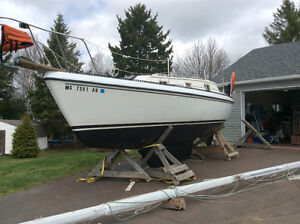 Looking for a sailboat transport with an hydrolic trailer.