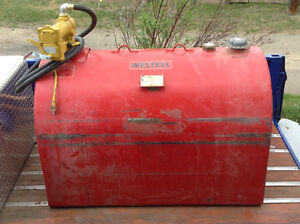 630 Ltr tidy tank slip tank $450 or $900 with pump.