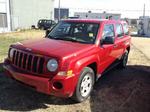 2007 Jeep Patriot SUV, Crossover LOW MILEAGE only 109 k / winter