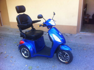 Brand New 2017 Emmo 3 Wheel Scooter