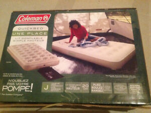 Matelas gonflable NEUF une place COLEMAN