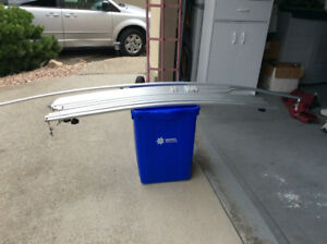 Aluminum awning bows for RV