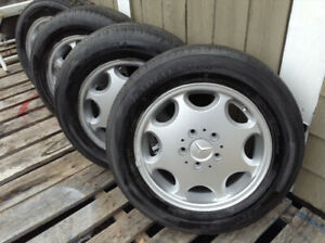 Mercedes Alloy wheels /tires 195/65/15