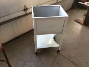 Washtub / beer cooler /ice chest
