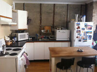 Beautiful Mile-End Sublet Aug21-Oct9