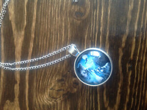 Brand new wolf necklace