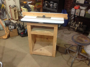 Router with a full size router table.