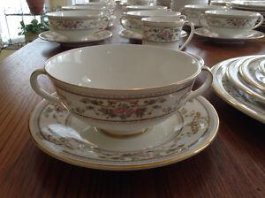 Royal Doulton fine bone china dinnerware Gatineau Ottawa / Gatineau Area image 5