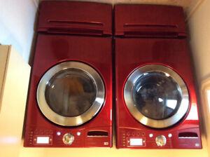 LG Steam Washer/Dryer Set With Pedestals
