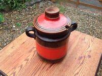 Glazed Crockery Pot
