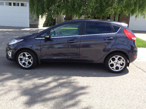 2013 Fiesta Titanium low kms