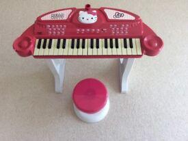 Hello Kitty Keyboard & Stool