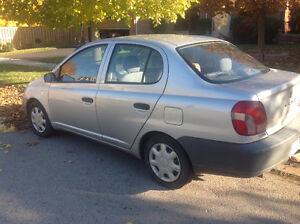 2002 Toyota Echo 4 dr.....5 spd standard...tow hitch/tow behind London Ontario image 2