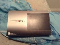 Brand new 3ds played 2 times