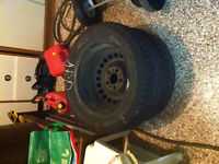 4 mounted winter tires General Altimax - inc. tires and rim nego