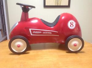 RADIO  FLYER  Model # 8 Roadster !