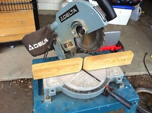 Delta chop saw and table