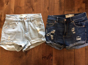 8 pairs of jean shorts