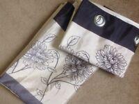 Lined curtains 54x85 monochrome floral detail