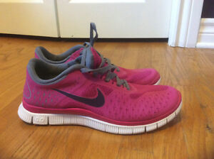 Nike Free 4.0 v2 Running Shoes