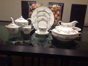 Aynsley Valencia Bone China Dinner set for 8
