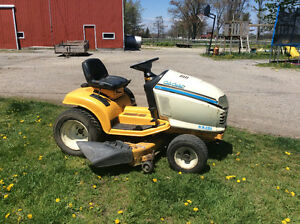 Riding Lawnmowers- Cub Cadet / Craftsman