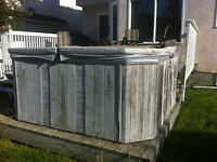 Hottub for 8 people - Need to sell, for Deck Space