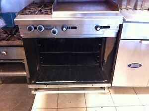 Garland H286-24gth Gas Griddle with 2 Burners, and Oven Cambridge Kitchener Area image 2