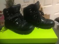 Junior / Child Walking boots, walking shoes size 3 Leather