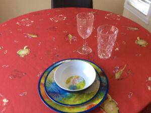 Set de 8 couverts vaisselles et verres pour patio (comme neuf)