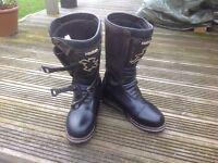 Trials boots hebo