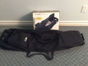 Bag Boy, T-250 Wheeled Travel Cover