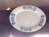 Pfaltzgraff dishes,Yorktowne pattern.