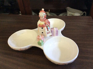 Avon serving dish 2003**no longer available** London Ontario image 1