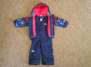 The North Face snow suit in like new condition - 2 years