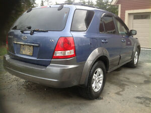 2006 KIA SORENTO LIMITED PRICED TO SELL $2500 FIRM