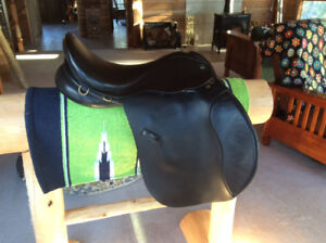 """17.5"""" Ideal Grandee AP Saddle, Black, XXW, Immaculate Condition"""