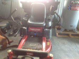 Tracteur à gazon Toro Timecutter