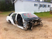 2009 CROWN VIC BODY FOR SCRAP WANT OUT OF HERE TODAY
