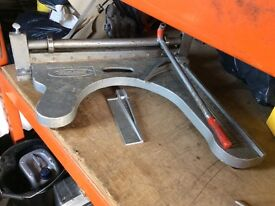 "Heavy Duty tile cutter / guillotine 24"""