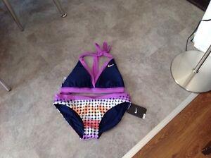 2 maillots de bain dont un Nike neuf Lac-Saint-Jean Saguenay-Lac-Saint-Jean image 3
