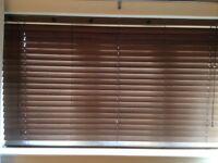 2 x Brown horizontal blinds