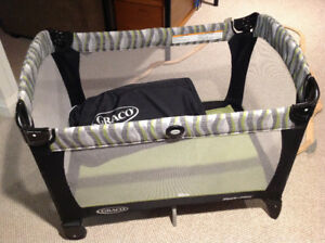 Graco Pack and Play like new