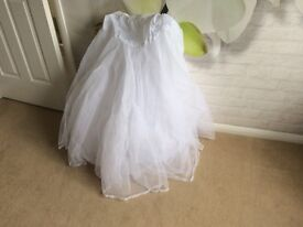 I underskirt for wedding dress or bridesmaid dress