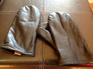 Black Leather mittens (Off Season - Price Reduced)