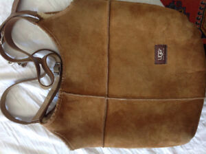 Uggs purse gently used - Great Condition