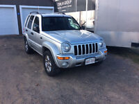 2004 v6 3.7Jeep Liberty trail rated Limited SUV, Crossover