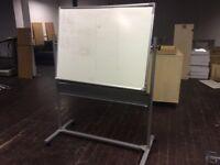 Portable swivel whiteboard
