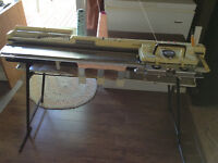 Singer 360 Knitting Machine and SRP50 Ribber