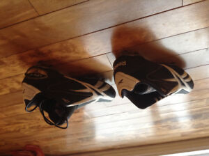 *** SOULIERS FOOTBALL ***